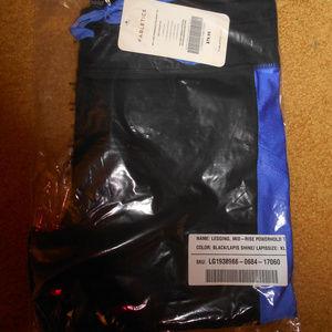 Fabletics Pants - Fabletics Salar Colorblock Pocket Legging XL NWT